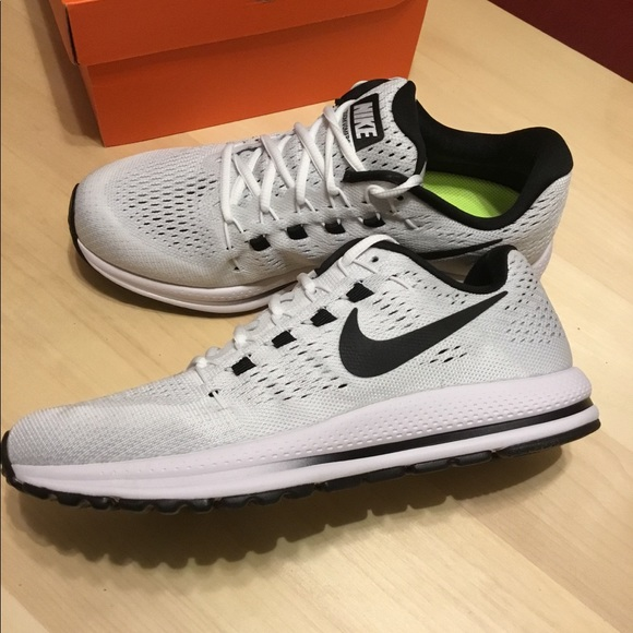 finest selection afa3c 9145b New Men's Nike Zoom Vomero 12. Size 9. NWT
